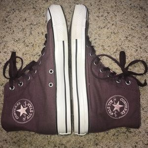 Converse Chuck Taylor All Star size 8